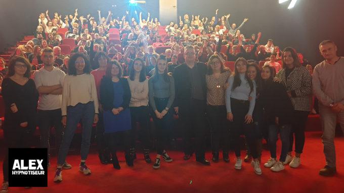 Le Cinéma Confluences de Menneny Ballancourt sous hypnose