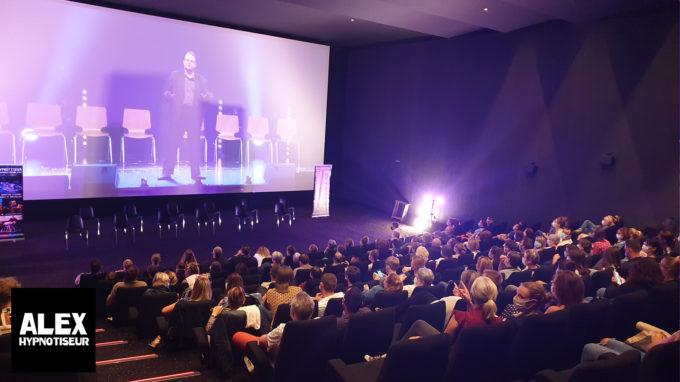 Le Cinéma Les Lumières à Armentières sous hypnose